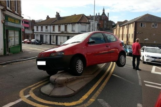 Parking Fail Double Yellow