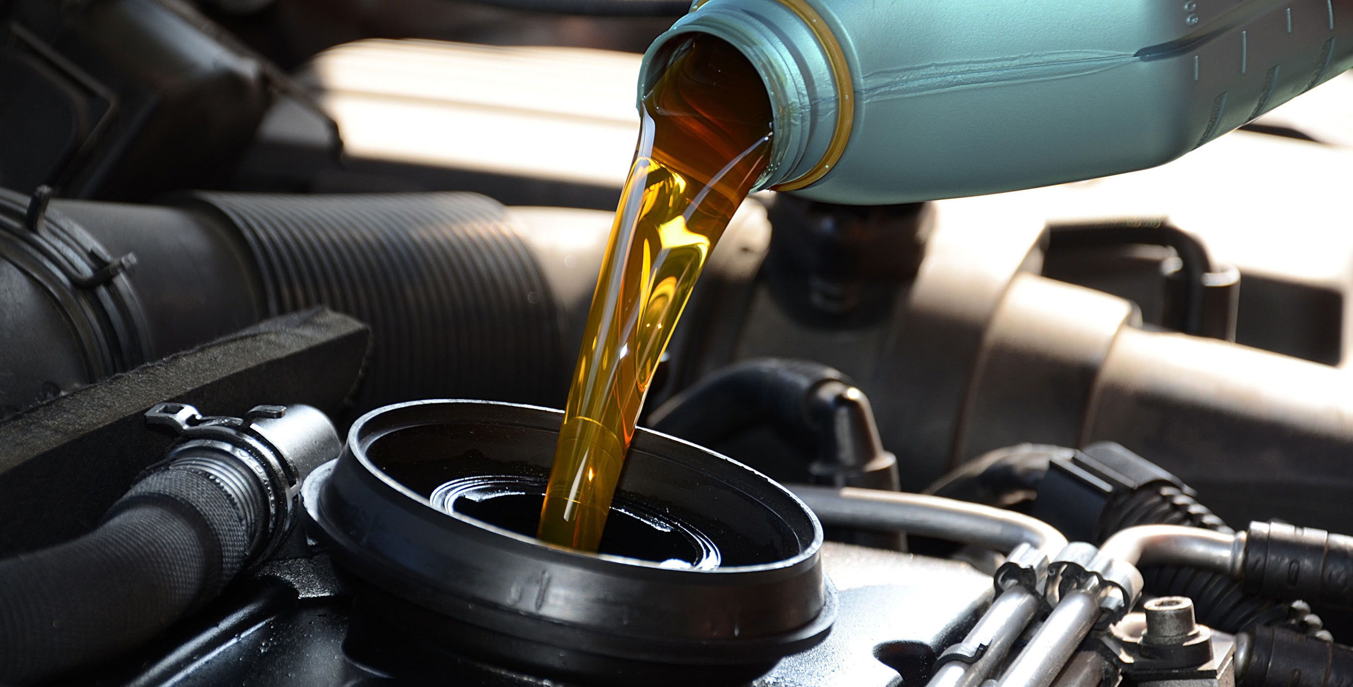 Car Engine Oil Essientials
